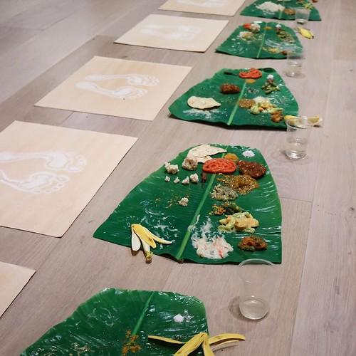 食品ロスにも通じる作品。日本の食品サンプル職人が制作協力したもの。 #森美術館 #nsハルシャ展