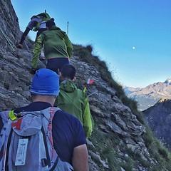 Si, esto fue parte de una carrera de trail, lo que no se ve a la derecha es el precipicio...