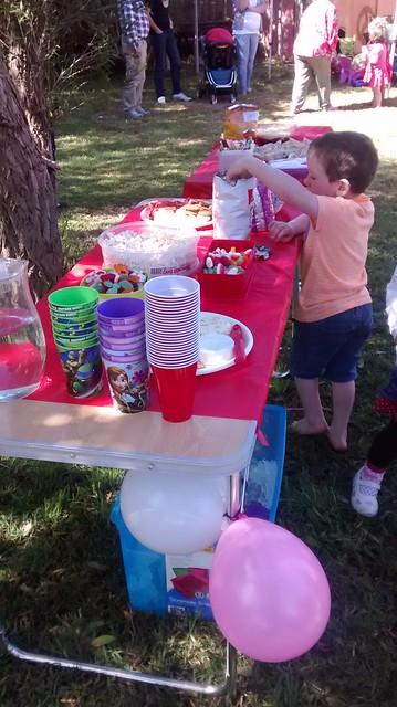 sugar table