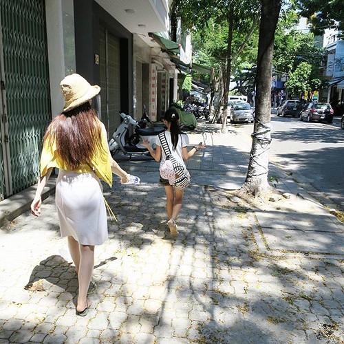 ダナンの街を散策。歩いてるだけで、じっとりと汗をかく。