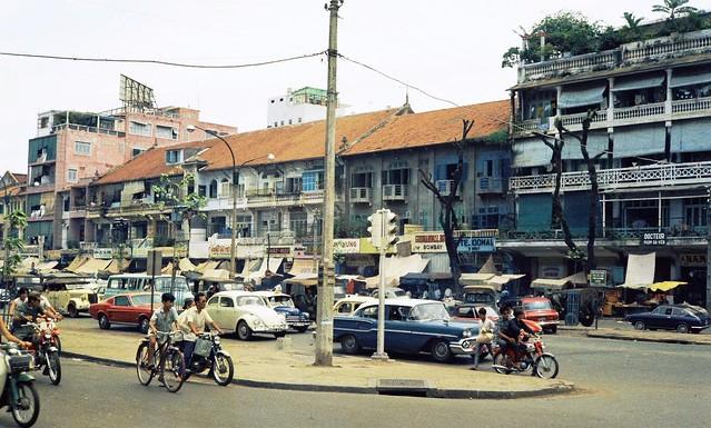 SAIGON 1967-68 by John Beck - Đường Lê Lợi