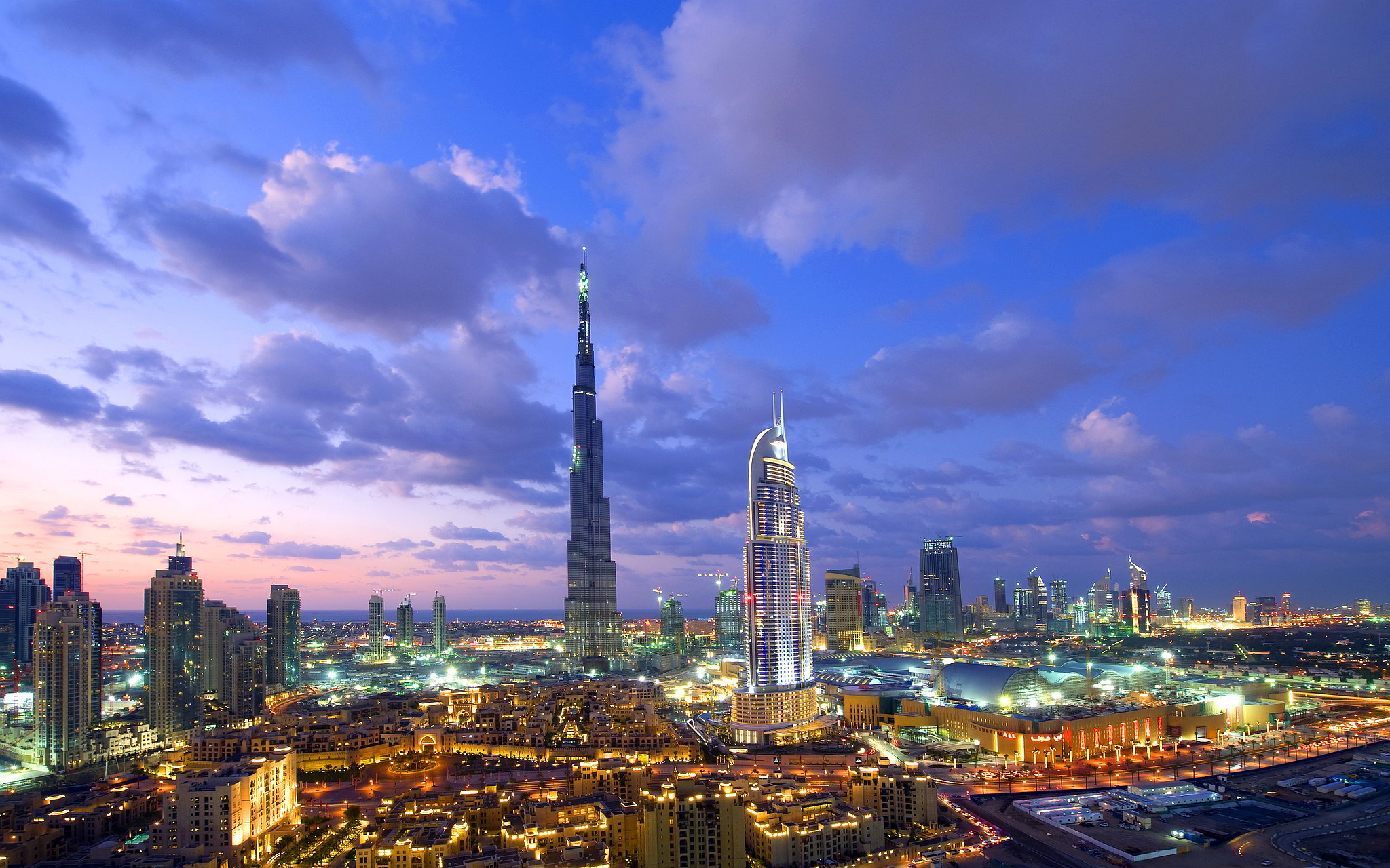 Burj-al-Khalifa-Dubai-hd-wallpaper-download-free-photo