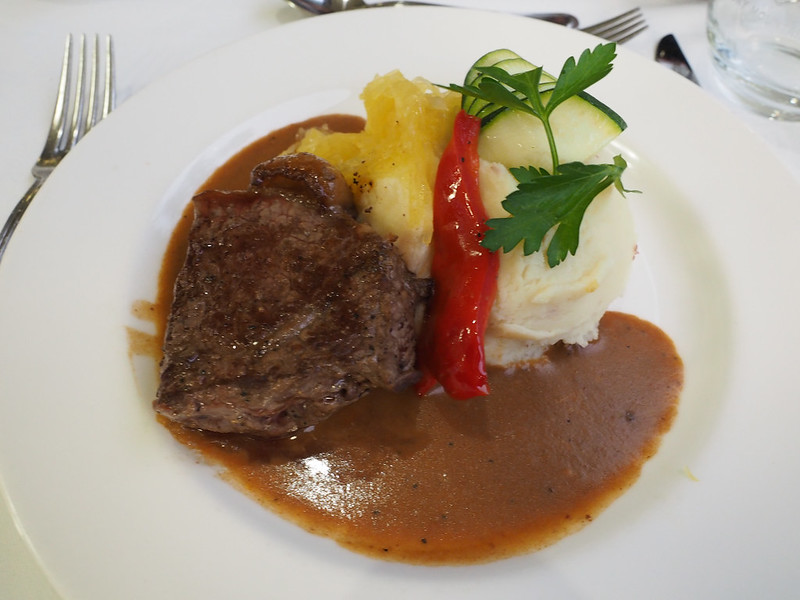 Food on the Rocky Mountaineer
