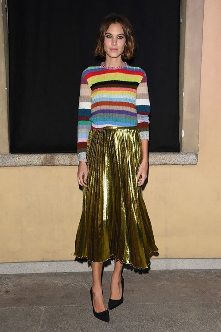 pleated skirts midi streetstyle outfit inspiration12