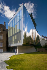 UK - Oxford - St Antonys College - Investcorp Building by Zaha Hadid 01_crop_DSC0283