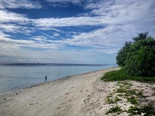 Изображение Hulumale Beach. square squareformat maldives iphoneography instagramapp uploaded:by=instagram foursquare:venue=4e36a316d1649e45e3dd37b6