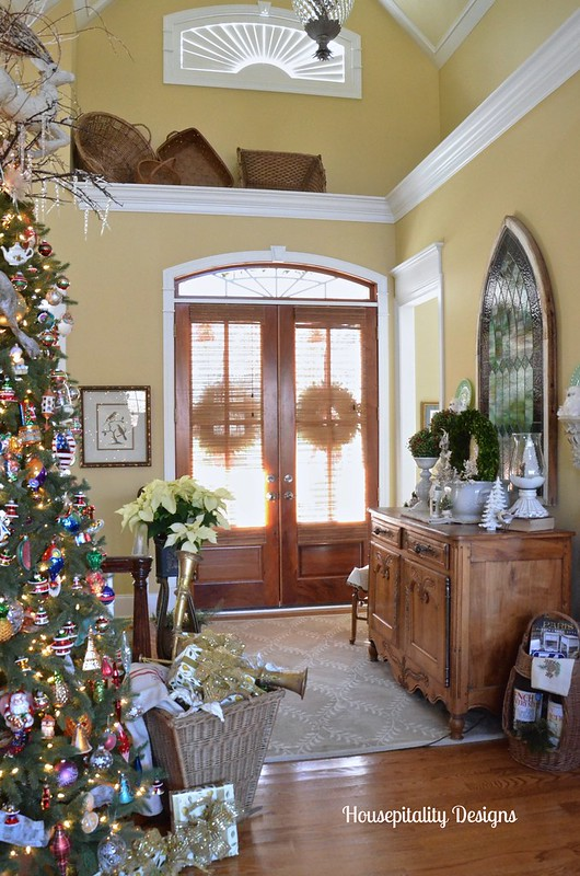 Foyer/Christmas 2015 - Housepitality Designs
