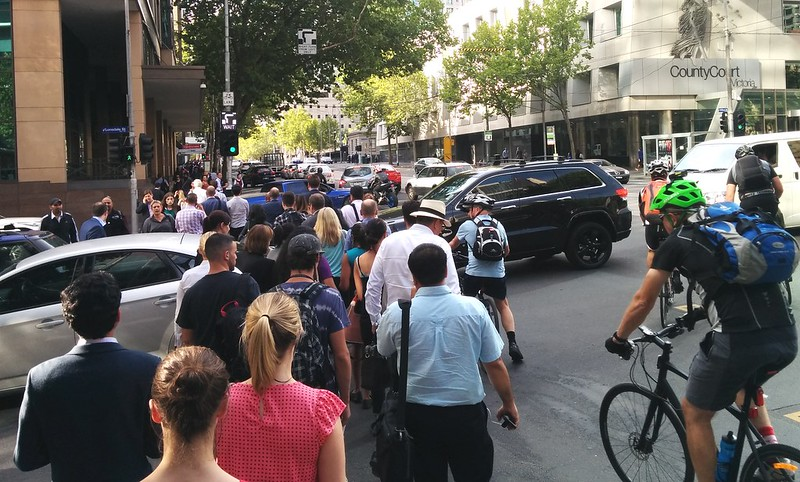 CBD traffic, Lonsdale and William Streets