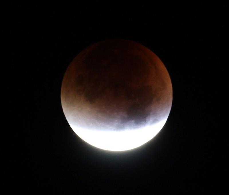 Totale Mondfinsternis, 2015 Sep 28, 1:58 UT