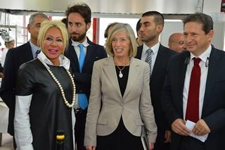 Casamassima-Scandalo al Majorana-La Dirigente Petruzzelli insieme al Ministro Giannini