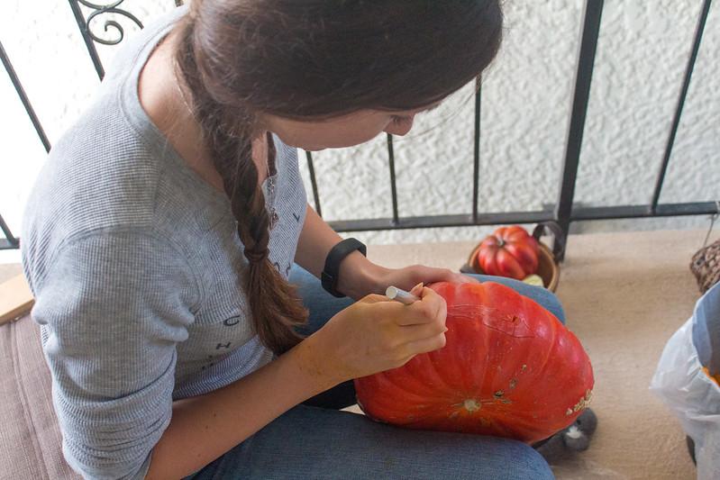 10.24. Pumpkin carving