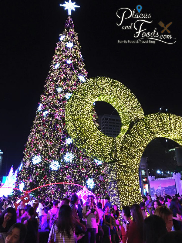 central world bangkok 2015 christmas tree