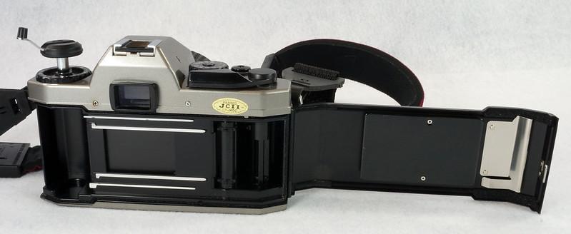 RD14976 Chinon CM-7 35mm SLR Film Camera, 50mm Ozunon Lens, Manuals & Coastar Case DSC07829