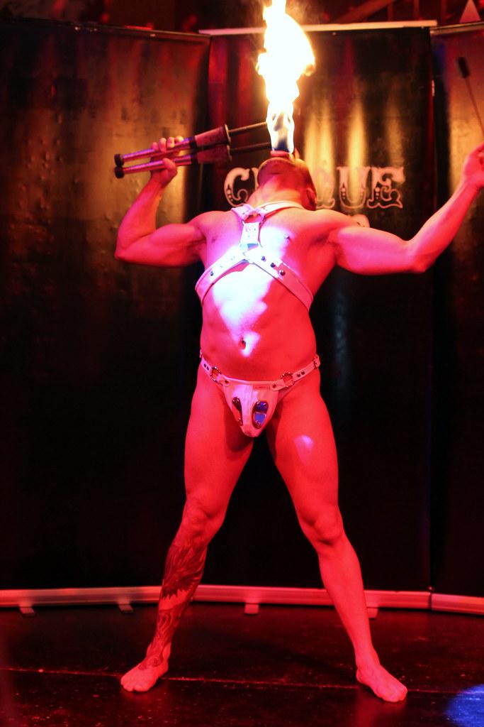 Cirque Noir Trapeze Bar (13)
