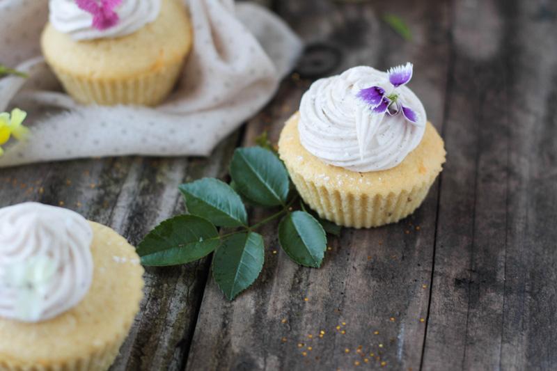 recette-cupcake-vanille-fleurs-comestibles-03