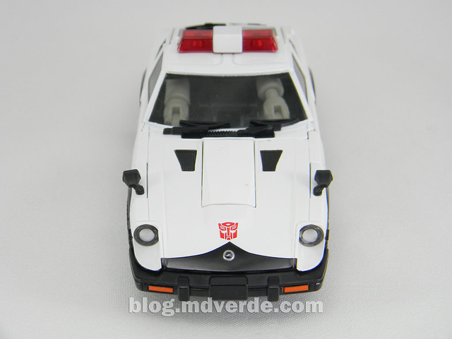 Transformers Prowl Masterpiece - modo alterno