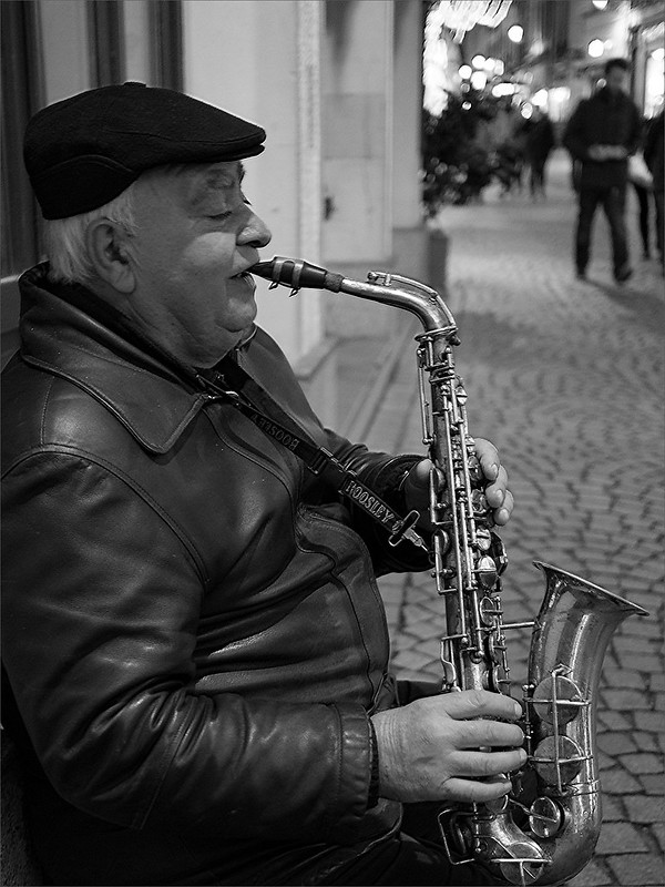 Dans les rues de Strasbourg 23096356953_e52c61c39a_c