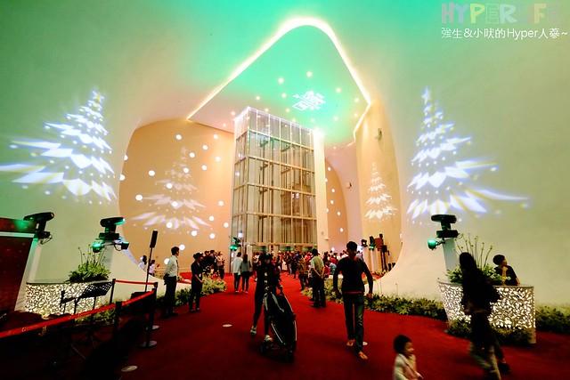 台中歌劇院聖誕燈光秀 (15)