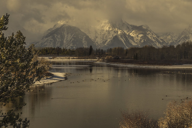 Golden hour at Oxbow bend