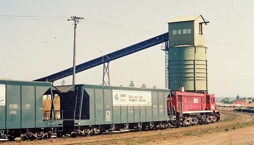 103-13 1991-12-06 4865 and 48149 at Redhead