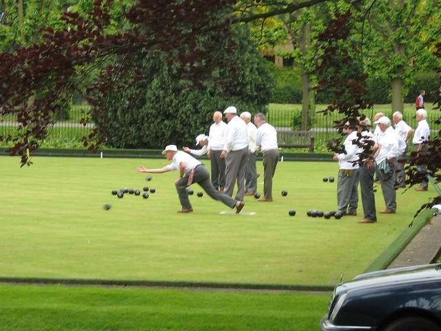 Men Bowling On The Green Alexandra Gardens Windsor England Flickr Photo Sharing