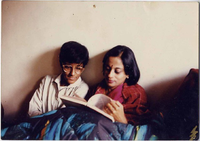 1993-Anjana-and-Deepa-studying-Hindi