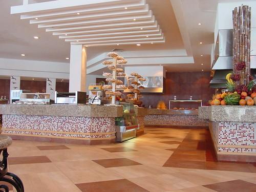restaurant albatros hotel gran caribe real