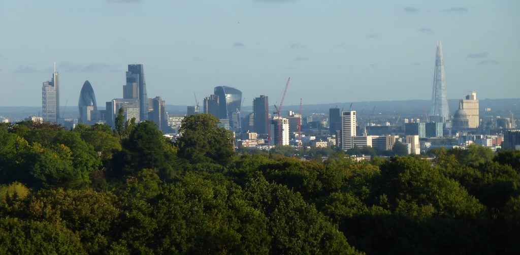 City from Kenwood Not on the walk route, but just go through the gate at the end of the terrace in front of Kenwood