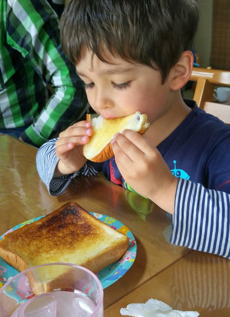 E loves the toast at Yuji's ryokan