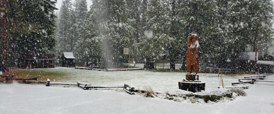winter chalet 2