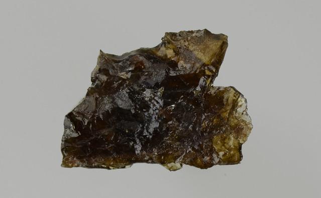 阿武隈石 Britholite-Y