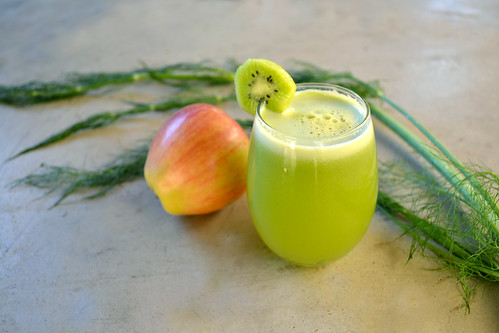 Refreshing-Kiwi-Apple-Fennel-Juice-Lead