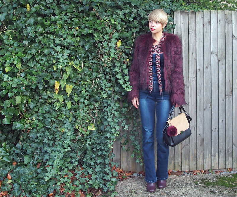 How to Wear Flared Dungarees, Overalls, Flares, AW15, 70s, Stradivarius, Geo Print, Geometric, Blouse, Tie Neck, Pussybow, Dorothy Perkins, Fun Fur, Oxblood, Maroon, Red, Jacket, Coat, Primark, Faux Fur, Key Ring, Pom Pom, New Look, Sam Muses, UK Fashion Blog, Stylist, London, Style Blogger, Outfit Ideas, Style Inspiration