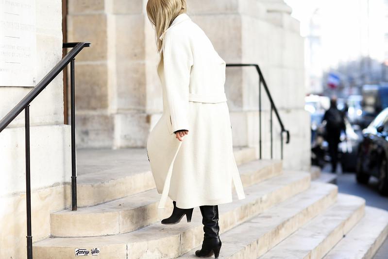 manteau blanc avec ceinture