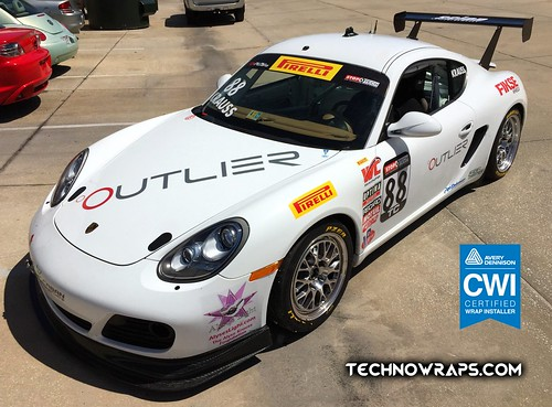Porsche race car wrap designed and installed by TechnoSigns