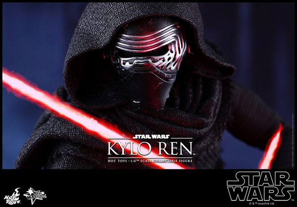 Hot _Toys_Kylo_03