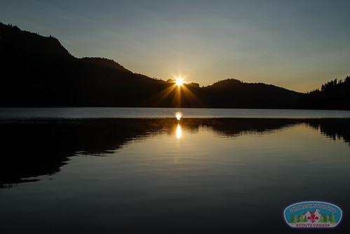 lake sunrise outdoors adventure vancouverisland venturers scouts scoutscanada explorebc hornelakecavesprovincialpark 28thvancouverscouts 28thkitsilanoscouts