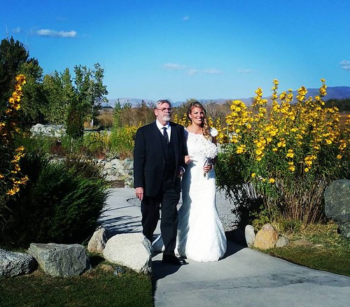 Here comes the bride - Chuck Lothrop & Aimee Lothrop