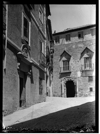 Palacio de Peromoro en Toledo hacia 1920. Fotografía de Enrique Guinea Maquíbar © Archivo Municipal de Vitoria-Gasteiz