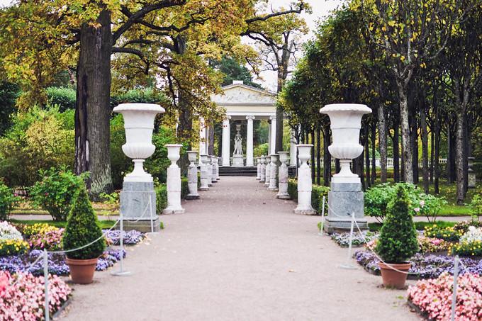 pavlovsk palace garden 2