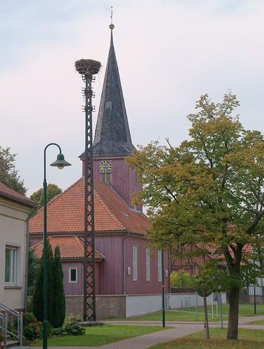Jeseritz, Dorfkirche u. Storchennest