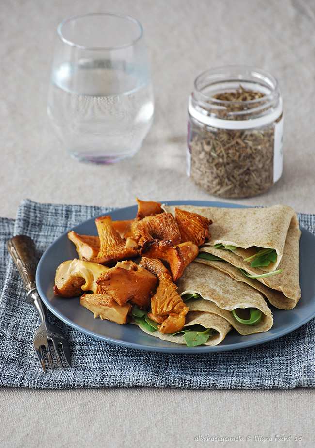 Rye crêpes with mushrooms