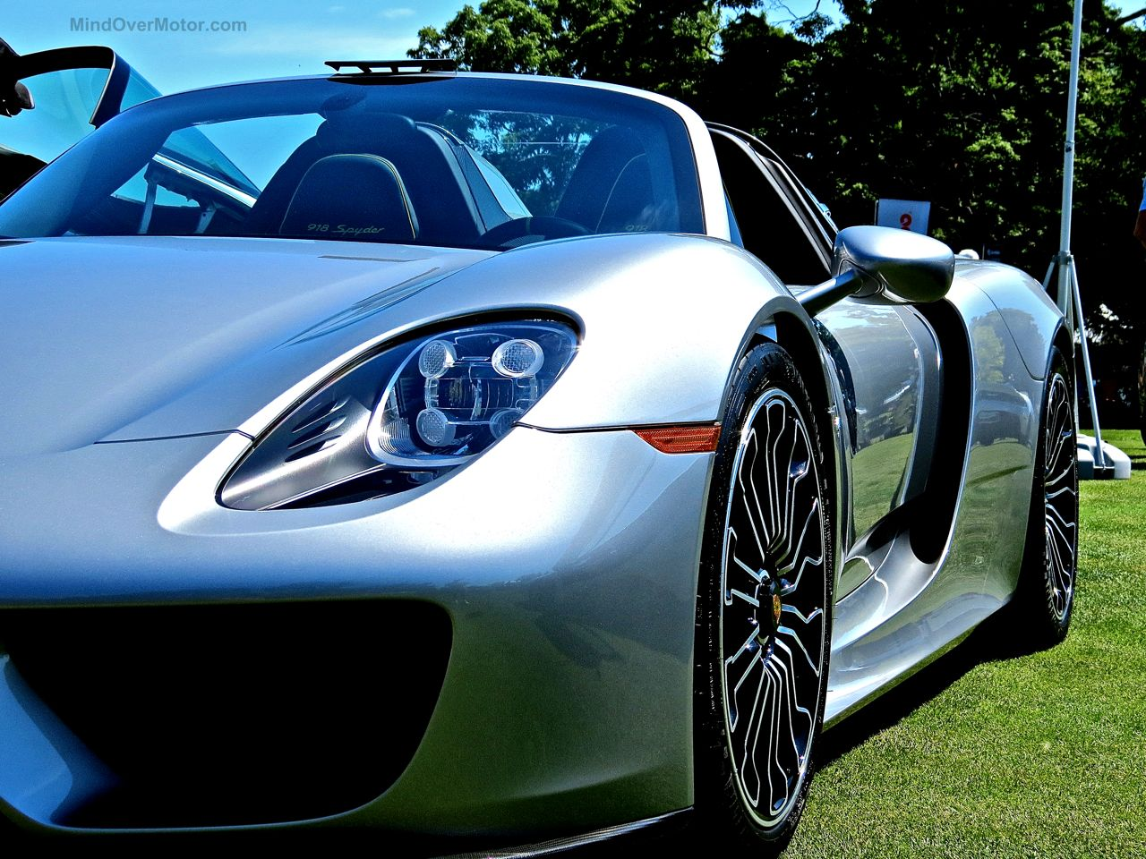 Porsche 918 Concours of America