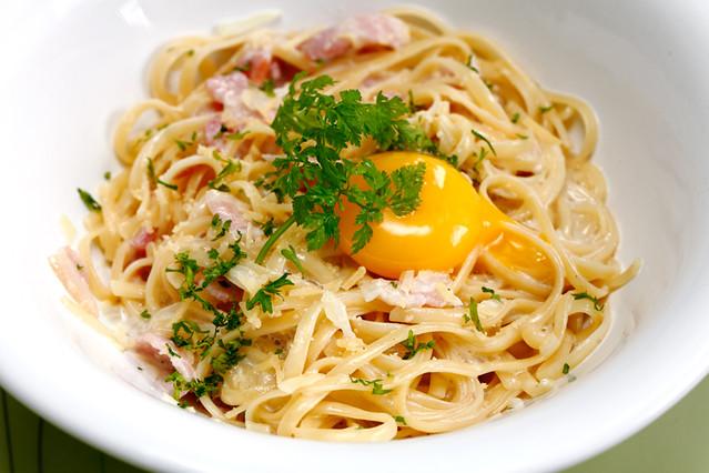 Pasta Carbonara Croisette