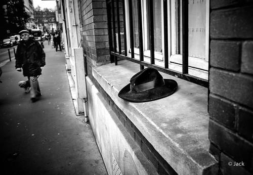 le chapeau oublié