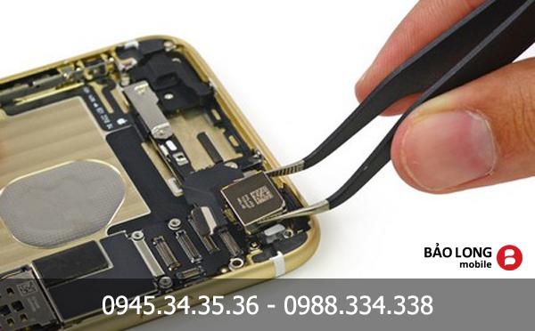 Sửa chữa iPhone 5/5s/6/6 Plus bị mất đèn hiển thị nghe gọi bình thường