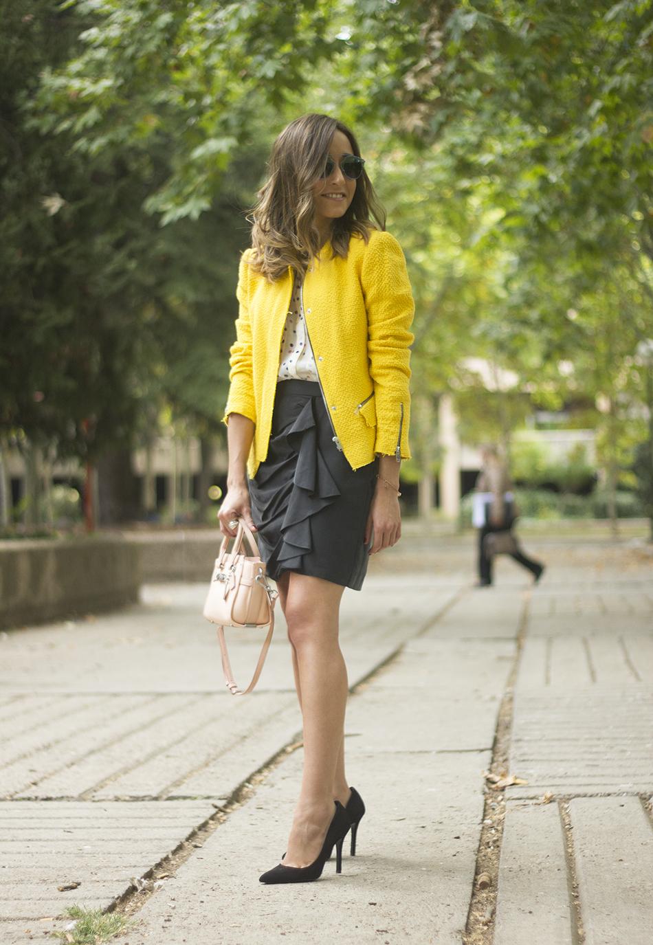 Yellow Jacket Draped Grey Skirt Outfit06