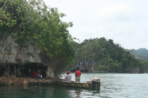 28 - Los Haitises national park - Einheimische / Los Haitises Nationalpark - Locals