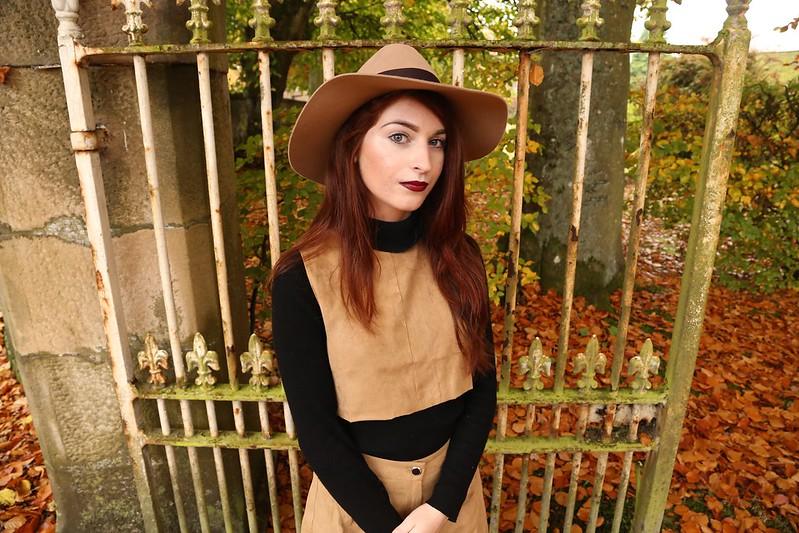 krystelcouture, styleblog, autumnstreetstyle, twopiece, woolhat,