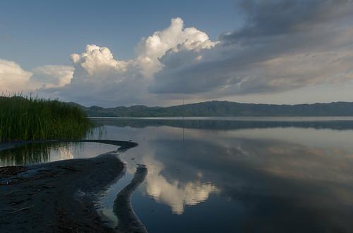 ashanti ghana lake africa westafrica bosumtwi botsomtwe cloud